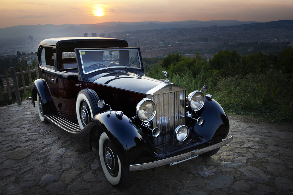 barcelona-spain-luxury-travel-incoming-dmc-concierge-vintage-car-2