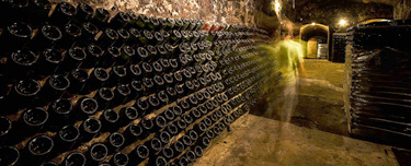 spain-luxury-travel-dmc-tours-cellar-wine-thumb