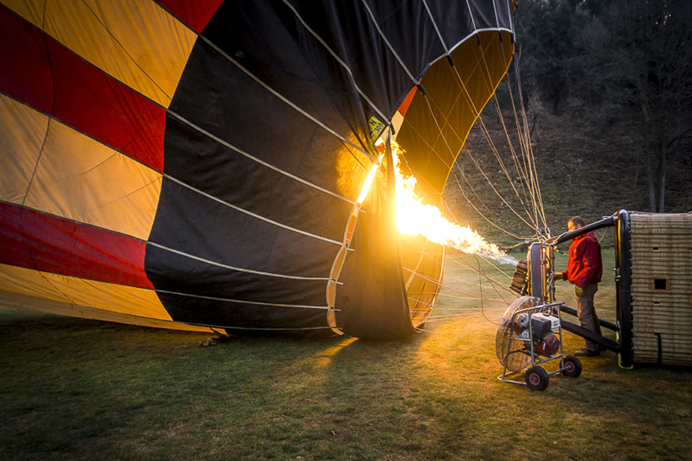 catalonia-unique-experience-spain-luxury-travel-incoming-dmc-concierge-balloon-ride-3