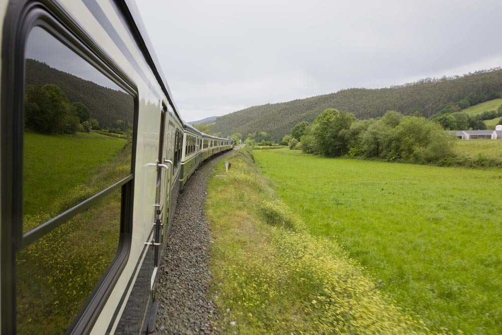 ©renfe spain-luxury-travel-dmc-tours-train-transcantabrico-4