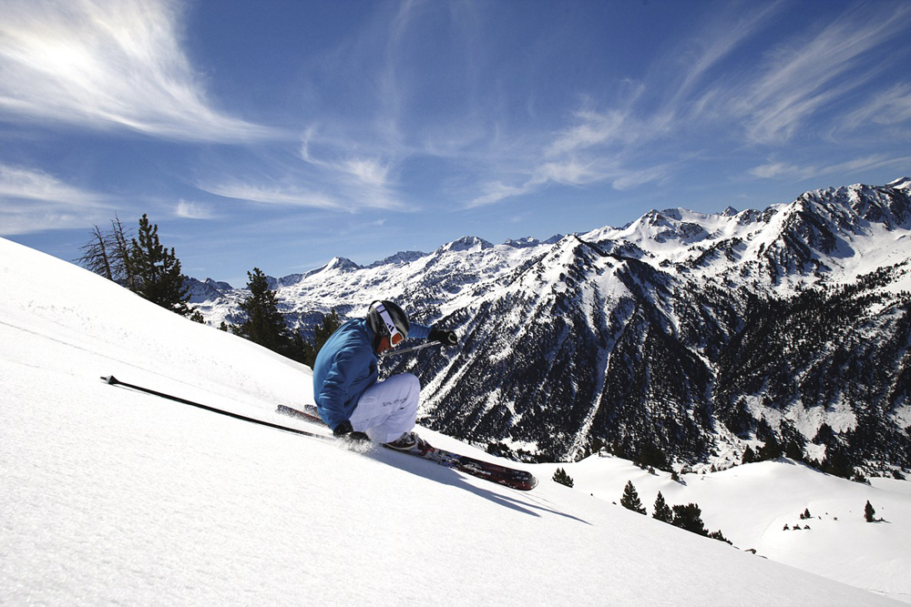 ©agenciacatalanaturismo spain-luxury-travel-incoming-dmc-concierge-catalonia-ski-baqueira
