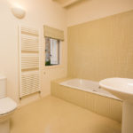 010201-spain-bcn-garrotxa-villa-luxury-bano-room3-bathroom3