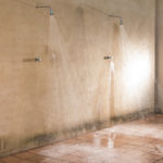 010201-spain-bcn-garrotxa-villa-luxury-barbacoa-bbq-porche-porch-duchas-showers