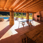 010201-spain-bcn-garrotxa-villa-luxury-barbacoa-bbq-porche-porch1