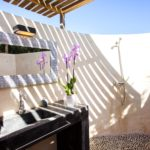 010402-spain-balearic-islands-formentera-luxury-villa-outdoor-bathroom-bano-shower-2