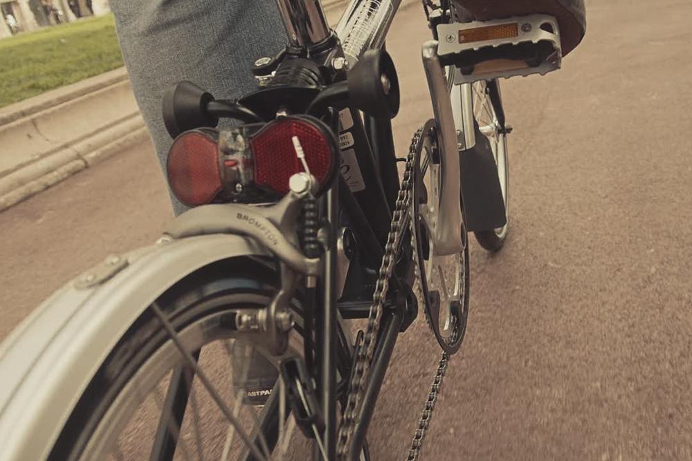 barcelona-spain-luxury-travel-incoming-dmc-concierge-bike-tour-brompton-2