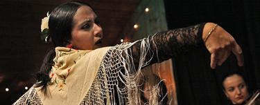 spain-luxury-travel-concierge-dmc-andalusia-flamenco-dancer-thumb