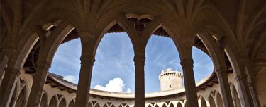 Palma de Mallorca (Isla de Mallorca). Castillo de Bellver - Pati