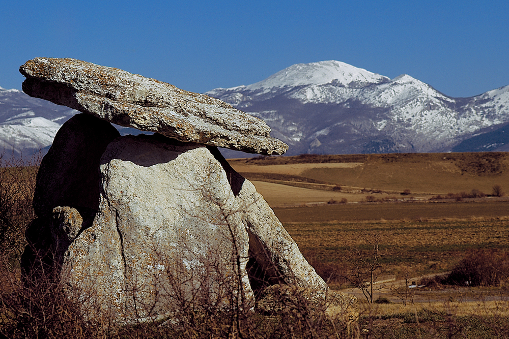 spain-luxury-travel-concierge-dmc-euskadi-heritage-alava-arraiza-dolmen-de-sorginetxe