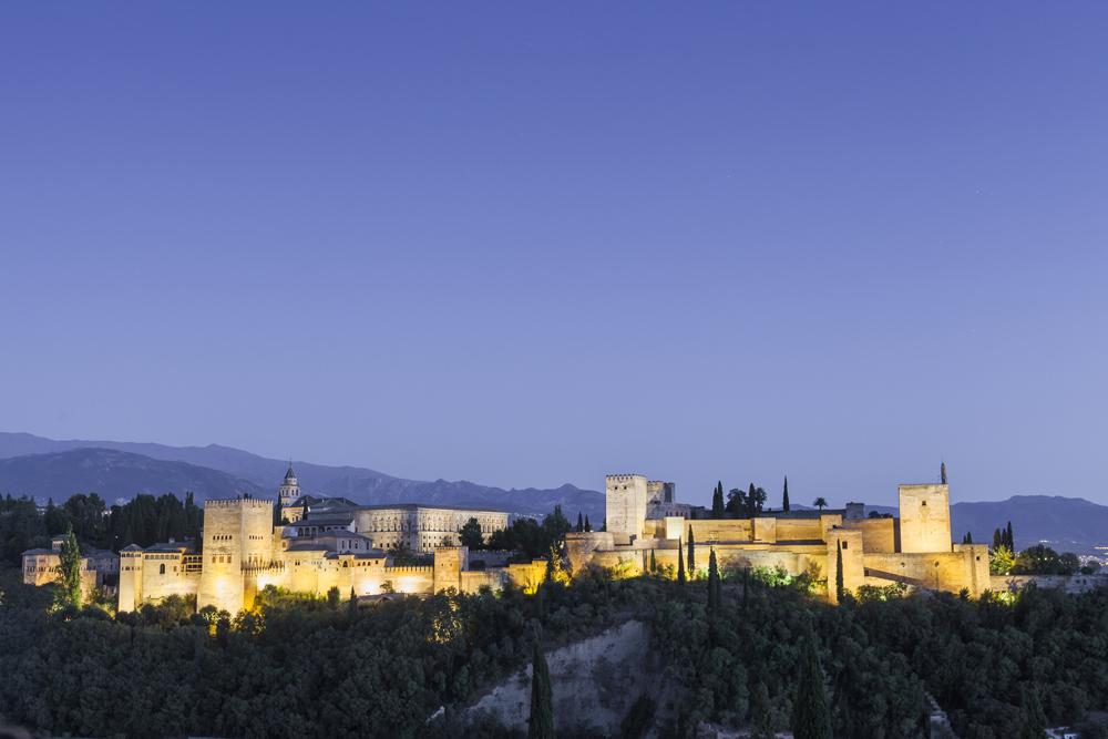 spain-luxury-travel-incoming-dmc-concierge-andalusia-granada-alhambra-night