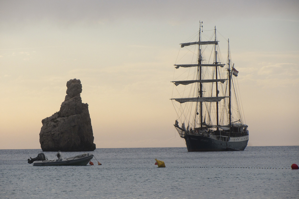spain-luxury-travel-incoming-dmc-concierge-balearic-islands-sailing-6