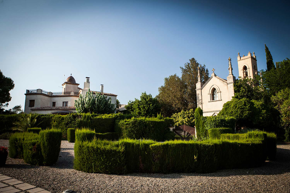 spain-luxury-travel-incoming-dmc-concierge-catalonia-cellar-history-team-building-mice-estate-masia-vineyard