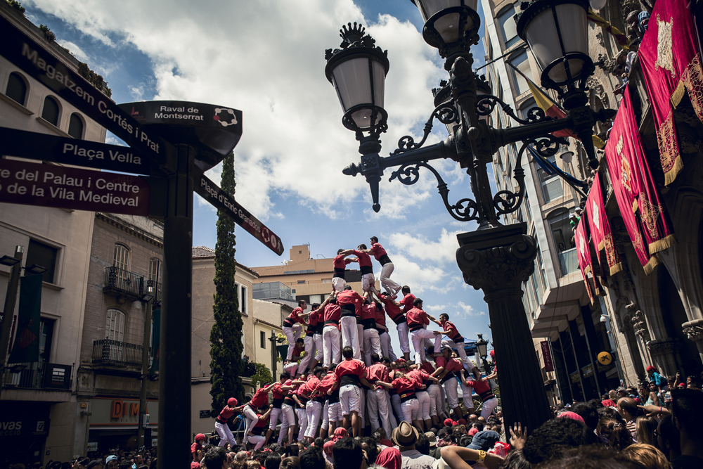 spain-luxury-travel-incoming-dmc-concierge-catalonia-photographic-tour-castellers