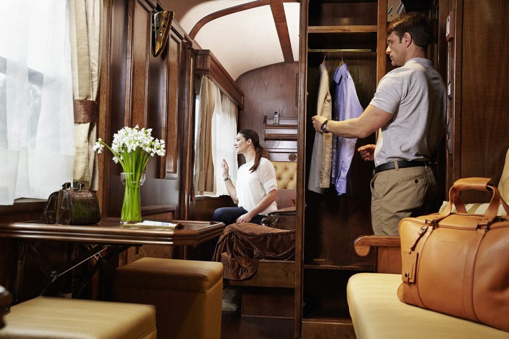 ©renfe spain-luxury-travel-dmc-tours-train-transcantabrico-22