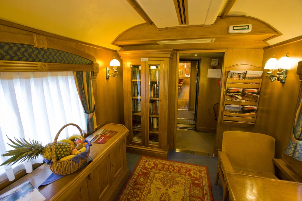 ©renfe spain-luxury-travel-dmc-tours-train-transcantabrico-3