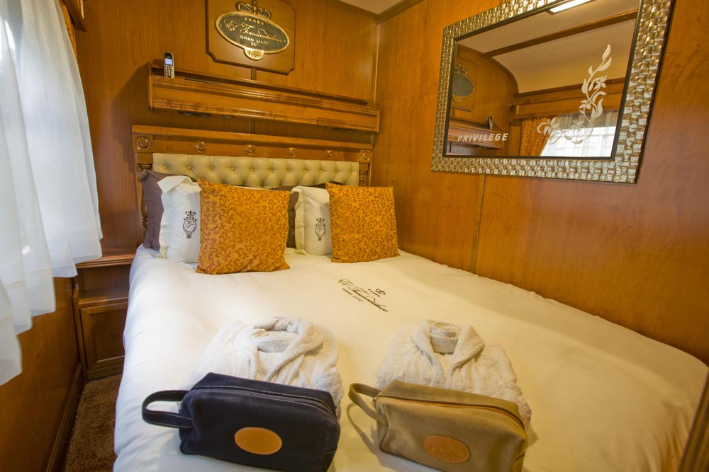 ©renfe spain-luxury-travel-dmc-tours-train-transcantabrico-5