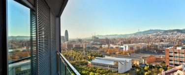010105-spain-barcelona-apartment-balcony-views1