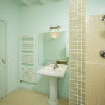 010201-spain-bcn-garrotxa-villa-luxury-bano-room-2-bathroom-2