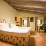 010201-spain-bcn-garrotxa-villa-luxury-habitacion-Room-11