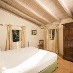 010201-spain-bcn-garrotxa-villa-luxury-habitacion-Room-8