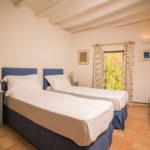 010201-spain-bcn-garrotxa-villa-luxury-habitacion-room-3