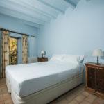 010201-spain-bcn-garrotxa-villa-luxury-habitacion-room-4