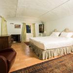 010201-spain-bcn-garrotxa-villa-luxury-habitacion-room2
