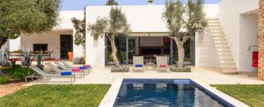020303-spain-balearic-islands-ibiza-luxury-villa-outdoor-exterior-4
