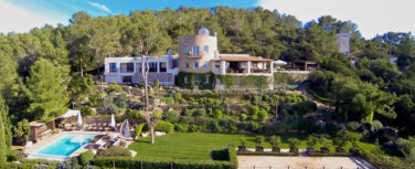 020305-spain-balearic-islands-ibiza-luxury-villa-outdoor-exterior-1