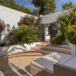 020305-spain-balearic-islands-ibiza-luxury-villa-outdoor-exterior-chill-out