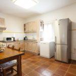 010402-spain-balearic-islands-formentera-luxury-villa-kitchen-cocina-1.jpg