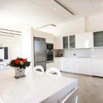 010404-spain-balearic-islands-formentera-luxury-villa-kitchen-cocina-1