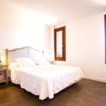 010405-spain-balearic-islands-formentera-luxury-villa-bedroom-habitacion-2