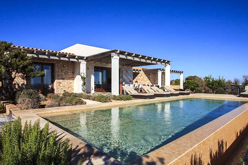 010405-spain-balearic-islands-formentera-luxury-villa-outdoor-swimmingpool-piscina-1
